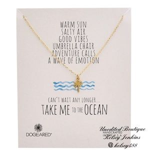 NWT - DOGEARED Palm Tree Charm Necklace